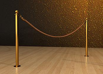 Classic Rope Post in Brass Floor Mount